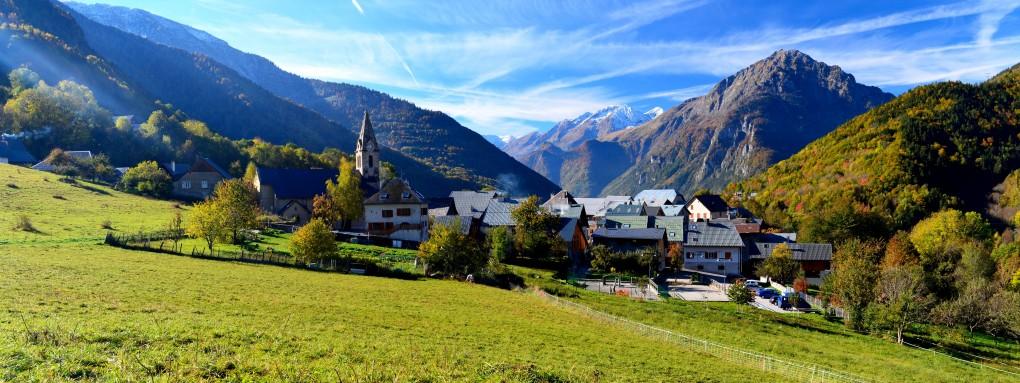 dorp in de Alpen
